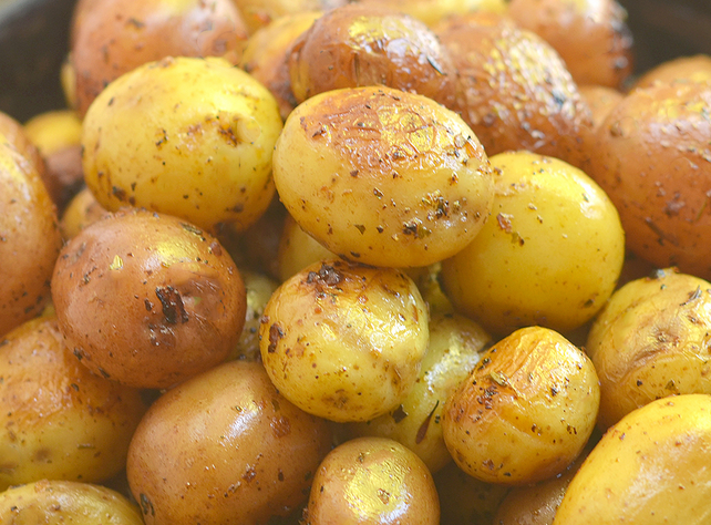 Instant Pot Roasted Potatoes with Herbs Recipe